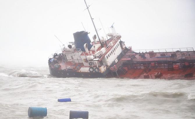 tanker_3-002.jpg