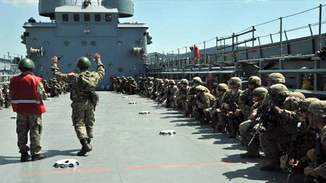 Efes Tatbikatı 2016'da 3 yabancı ülke askerlerine eğitim verildi