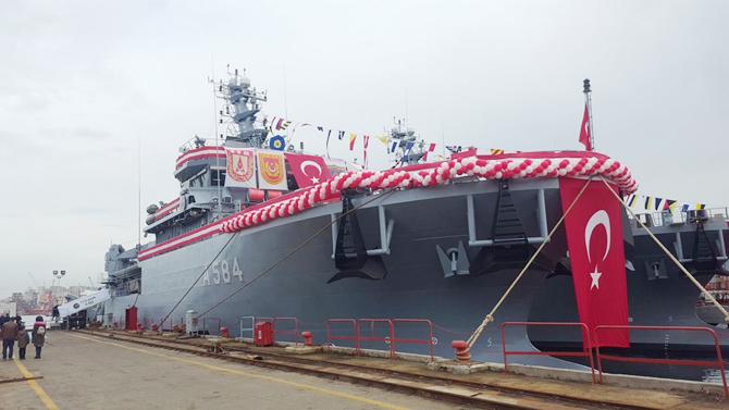tcg-akin-deniz-kuvvetleri-komutanligina-teslim-ediliyor_3.jpg