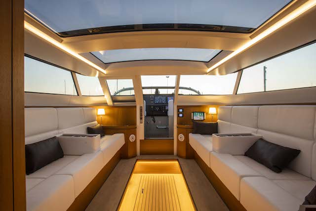 x40-limousine-(1).jpg