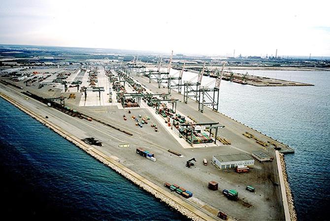 yilport-holding,-taranto-limani'nin-isletmesine-talip-oldu_1.jpg