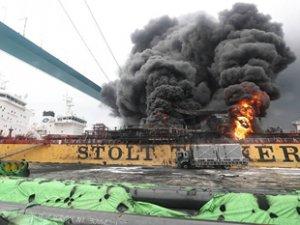 Stolt Groenland' isimli petrol tankerinde yangın çıktı