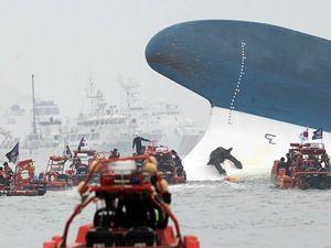 Güney Kore'de batan feribotun yeni görüntüleri ortaya çıktı