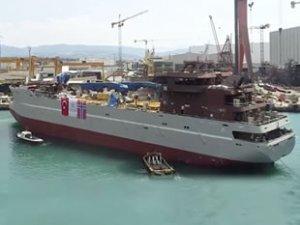 'AQUA HOMBORØY' isimli canlı balık gemisi suya indirildi