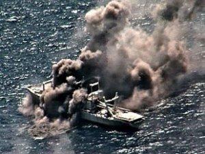 Hawaii açıklarında gemi batırmalı tatbikat