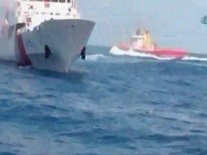 Gemi, balıkçı teknesine çarptı