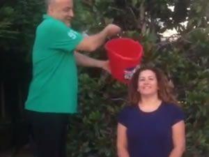 Şadan Kaptanoğlu, ALS hastalarına destek verdi