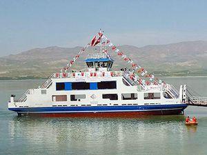 Yütek Gemi İnşa San, M/F Arslantepe'yi suyla buluşturdu